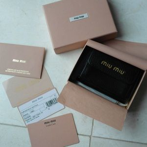 Miu miu black leather wallet
